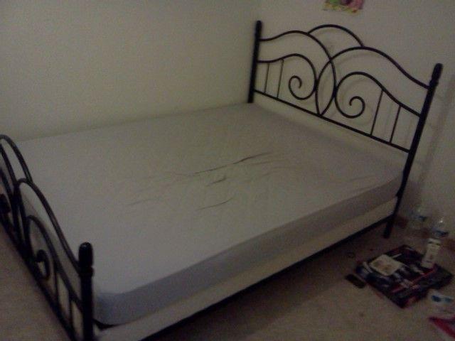 lit 2 places fer forge. Black Bedroom Furniture Sets. Home Design Ideas